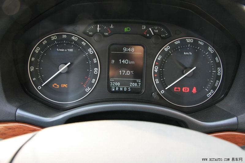 卡罗拉的行车电脑只能提供顺时油耗
